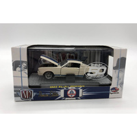 M2 Machines 1965 Shelby GT350R Model Car White